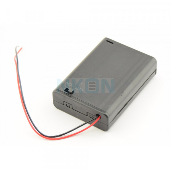 Caixa para 3x AA com fios soltos e interruptor