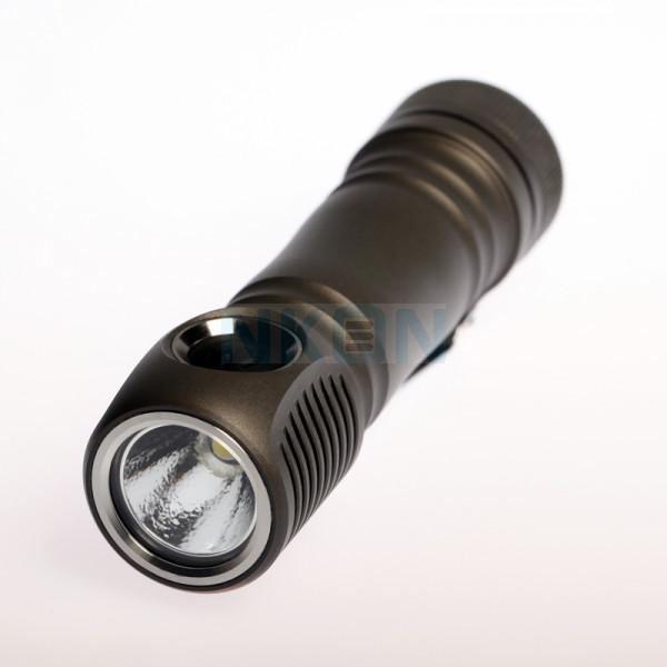Zebralight SC64 18650 XHP35 Cool White Lampe de poche