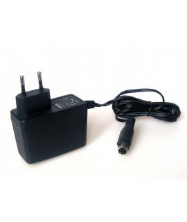 Netzadapter für das Powerex C800S-Ladegerät